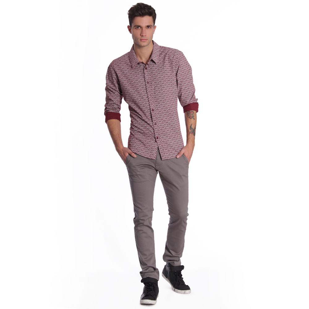56527_pantalon_x1611122_chinos_gris_perfil_look