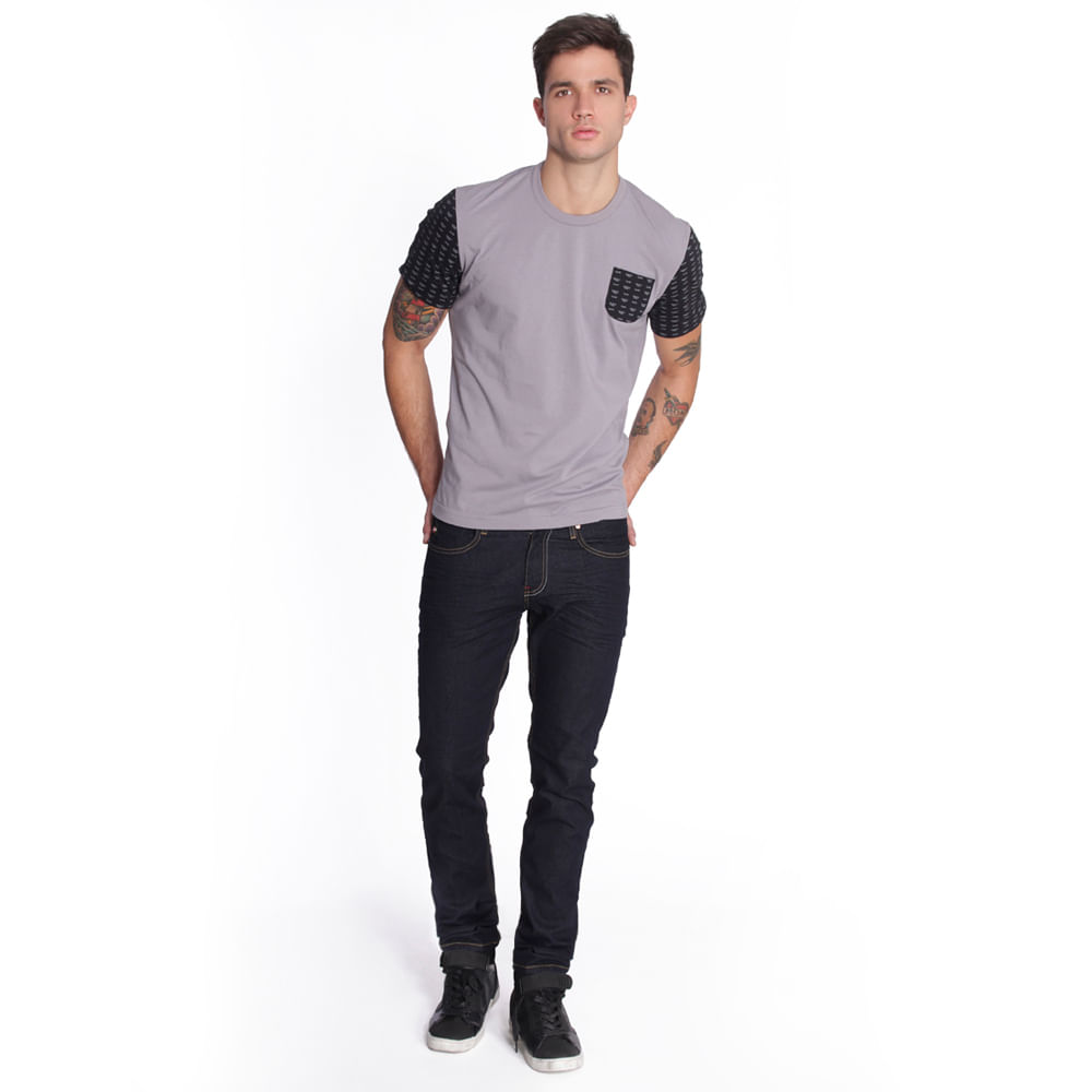 56995_playera_x1611408_gris_perfil_look