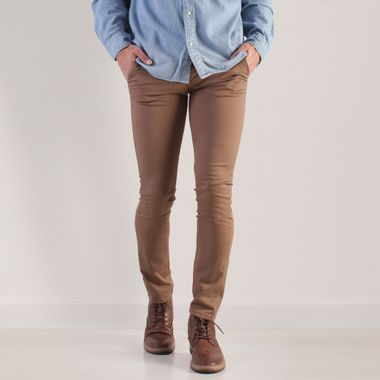 PANTALON-GABARDINA-ESTILO-CHINOS-SLIM-SOFT-COLOR-TABACO